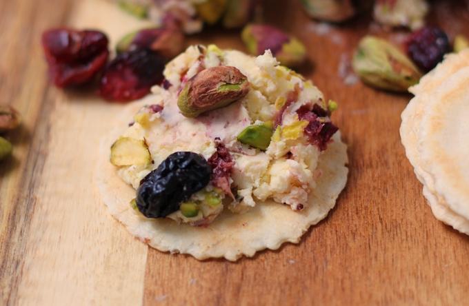 Cranberry Pistachio Cheese 1 680