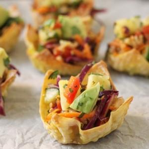 Thai Pork Salad Wonton Baskets